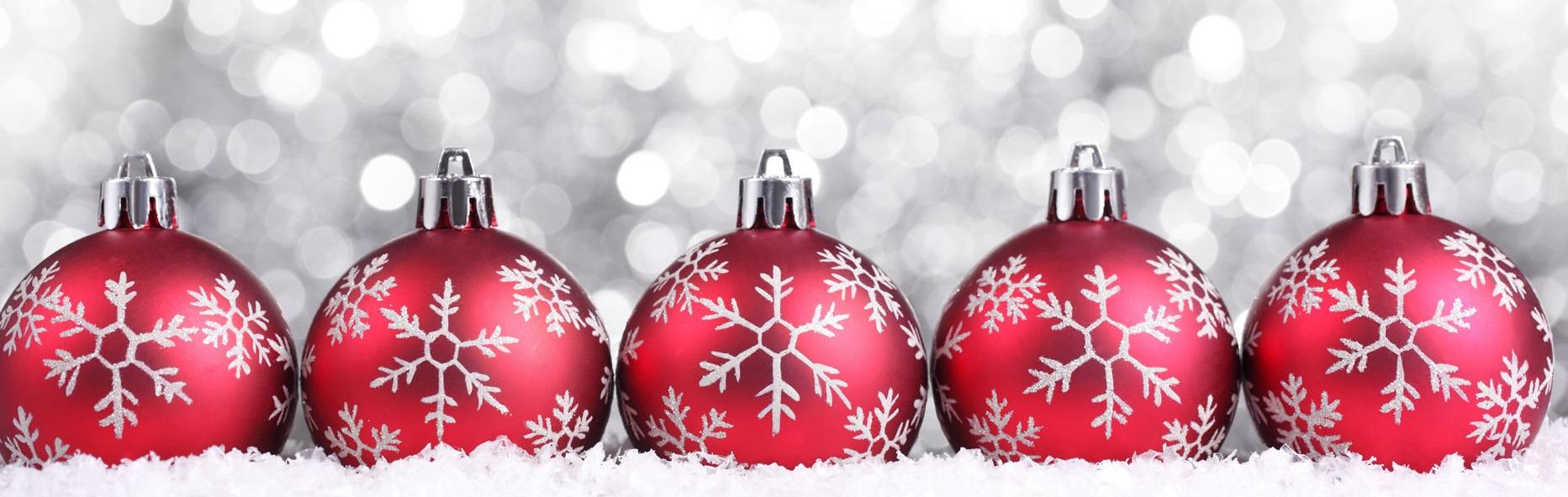 Red-Christmas-decorations-christmas-1